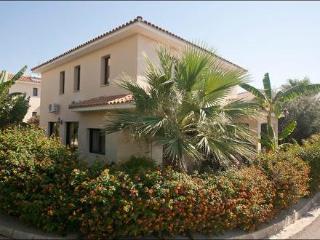 Reginas exclusive villa ~ RA12287 - Oroklini vacation rentals