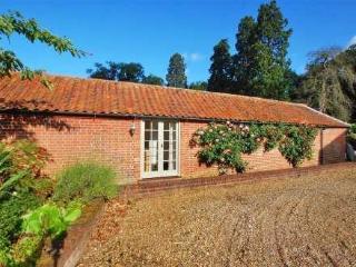 Dairyman's Cottage ~ RA29793 - Holt vacation rentals