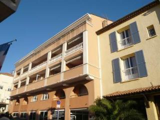 FREDERIC MISTRAL ~ RA28851 - Saint-Maxime vacation rentals