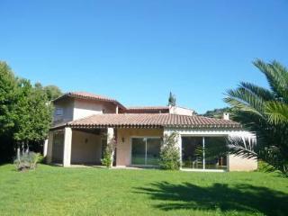 Cassou ~ RA28718 - La Croix-Valmer vacation rentals