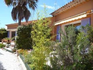 Les Iles ~ RA28488 - Saint Cyr sur mer vacation rentals