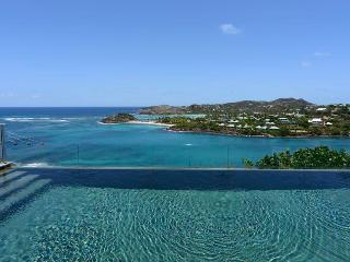 Impressive Four Bedroom with Stunning Views - Marigot vacation rentals