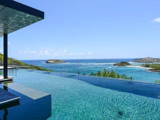 Om - Ideal for Couples and Families, Beautiful Pool and Beach - Marigot vacation rentals