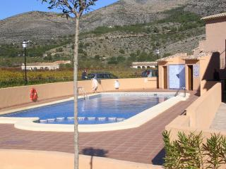 HOLIDAY APARTMENT NR  JALON  WIFI - Xalo vacation rentals