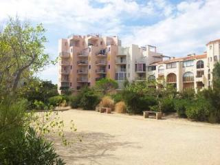 Le Grand Pavois ~ RA26764 - Le Barcares vacation rentals