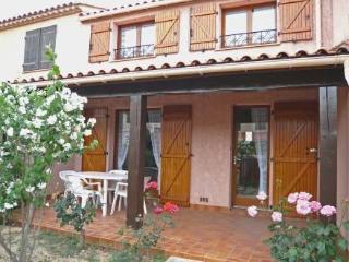 Les Colombes ~ RA26671 - Saint Pierre la Mer vacation rentals