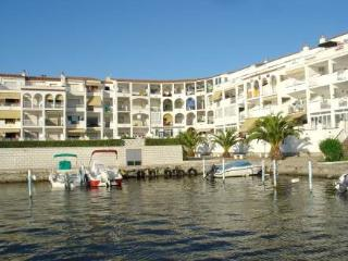 Sant Maurici 210 ~ RA20430 - Empuriabrava vacation rentals