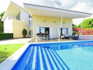 Casa Tres Turons ~ RA21016 - Arenys de Munt vacation rentals