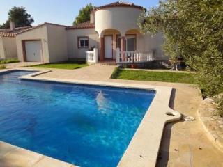 Urb Las Tres Cales ~ RA21404 - L'Ametlla de Mar vacation rentals