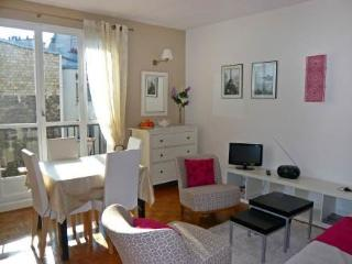 7 rue Vauvenargue ~ RA24569 - 18th Arrondissement Butte-Montmartre vacation rentals