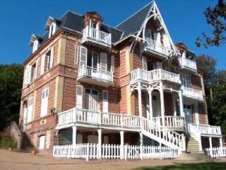 Les Balneïdes ~ RA24884 - Basse-Normandie vacation rentals