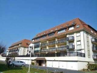 Super Deauville ~ RA24870 - Villers-sur-Mer vacation rentals
