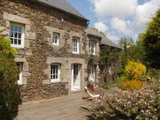 Les Agapanthes ~ RA25099 - Cotes-d'Armor vacation rentals