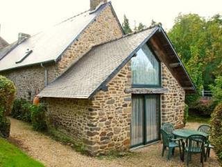 37 Rue De L'abbaye ~ RA25065 - Combourg vacation rentals