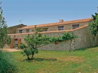 Le Clos des Vignes ~ RA25000 - Lege vacation rentals