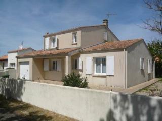 13 Pl Des Fregates ~ RA25439 - La Rochelle vacation rentals