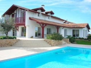 Maison Agoretta ~ RA25921 - Saint-Pee-sur-Nivelle vacation rentals