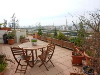 11 avenue Faidherbe ~ RA24584 - Les Lilas vacation rentals