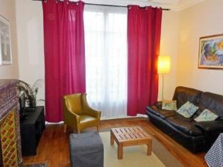 14 rue Lapeyrère ~ RA24573 - 18th Arrondissement Butte-Montmartre vacation rentals