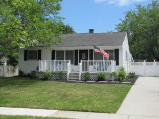 Fully Renovated 4 BR short walk to Beach & Town - Cape May vacation rentals