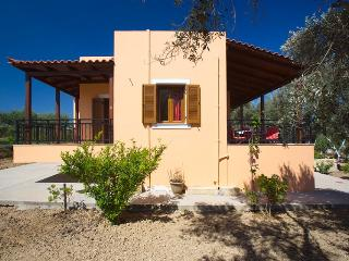 Villa Afroditi, holidays in Cretan nature! - Rethymnon vacation rentals