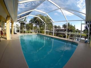 Comfortable House with Internet Access and Dishwasher - Cape Coral vacation rentals
