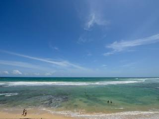 Iyla - Spacious family villa on the beach - Galle vacation rentals