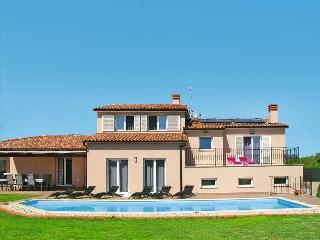 Luxury Villa Vela - Istra - with pool heating - Liznjan vacation rentals