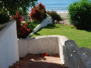 Access direct beach Mijas Costa, WIFI, terrace, a/a - Rincon de la Victoria vacation rentals