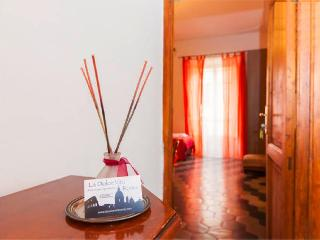B&B La Dolce Vita Roma, city centre luxury & style - Lombardy vacation rentals