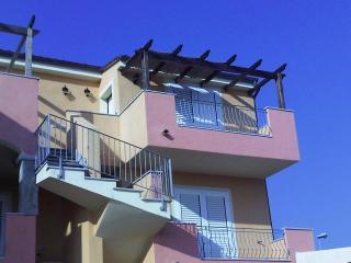 """schöne, neue Nichtraucher-Ferienwohnung """"Traumblick"""" in La Muddizza auf Nordsardinien - Valledoria vacation rentals"""