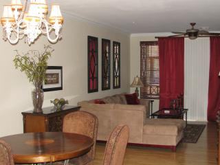 NEWLY LISTED!  Beautifully Appointed Townhouse!! - Phoenix vacation rentals