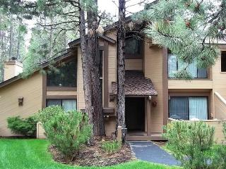 TENNIS VILLAGE 50 - Sunriver, Oregon - Sunriver vacation rentals