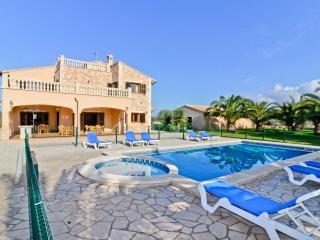 Chalet El Olivo - Campos vacation rentals