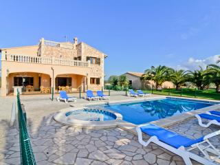 Chalet El Olivo - Ses Salines vacation rentals
