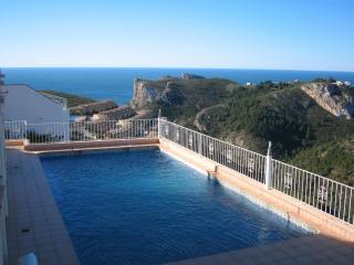 Fantastic Views, Pool, 3 Bed, 2 bath, Appartment. - Benitachell vacation rentals