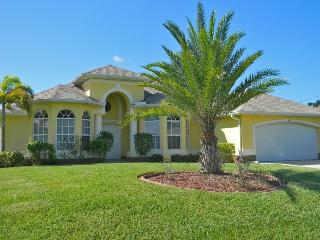 Beautiful Villa On The Canal, South Facing, Solar - Cape Coral vacation rentals