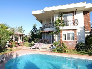 Bright 3 bedroom Villa in Side - Side vacation rentals