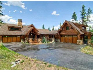 Impeccably Designed Absolute Luxury, Pool Table, Hot Tub, Elevator, 2 Kitchens - Silverthorne vacation rentals