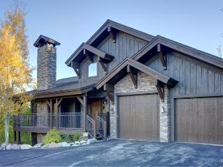 Private Luxury ~ Hot Tub, Pool Table, Gym, Theater - Silverthorne vacation rentals