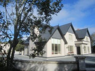 Scartlea House - luxury home by Killarney Lakes - County Kerry vacation rentals