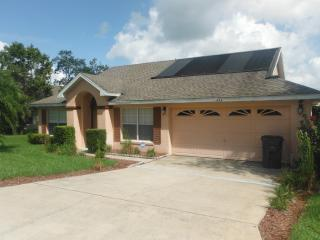 Beautiful 3 Bedroom Pine Lake  Villa with Pool - Davenport vacation rentals