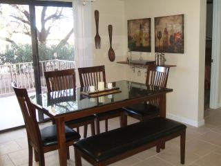 Convenient Downtown Location No Car Needed Walk to - Fountain Hills vacation rentals