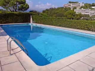 Domaine du Baou ~ RA29154 - Villeneuve-Loubet vacation rentals