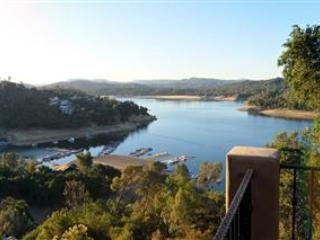 Casa Lago Nacimiento-Lake View Home - Lake Nacimiento vacation rentals