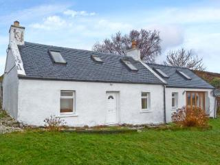 SOLAS, detached stone cottage, multi-fuel stove, games table, lawned garden, in Camuscross, near Broadford, Ref 25777 - Inverinate vacation rentals