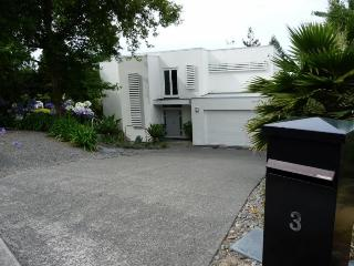 Quiet luxury apartment - Havelock North vacation rentals