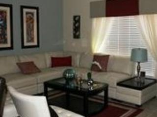 Living room - Luxury 4 Bedroom Town House with Splash Pool Sleeps 10. 8956CP - Orlando - rentals