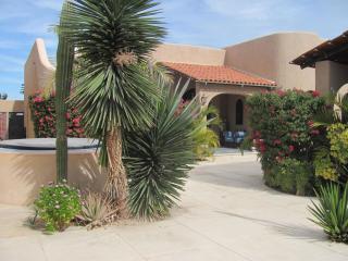 Casa Kootenay Waterfront Bed and Breakfast - La Paz vacation rentals
