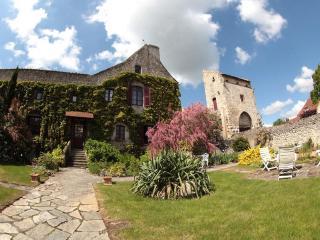 La Maison du Prince de Condé (Chambres d'hôtes) - Teilhard vacation rentals